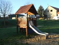 Spielplatz Dohndorf - Spielhaus