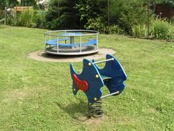 Spielplatz Kleinwülknitz - Karussell Wipper