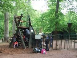 Spielplatz Tierpark - Kletterkombi Streichelgehege von außen