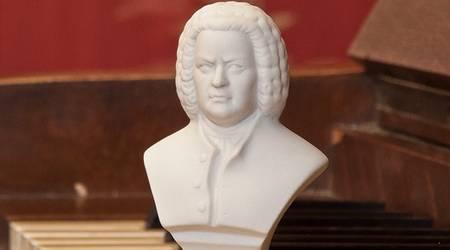 Büste Johann Sebastian Bach auf Klavier [(c) Anja Kahlmeyer]