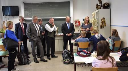 Ministerpräsident Haseloff besuchte das Köthener Ludwigsgymnasium