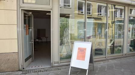 Das Wahlbüro in der Wallstraße hat geöffnet.