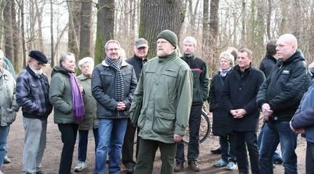 Viele Interessierte lauschten Ende Februar den Ausführungen des Gutachters Dr. Rainer Telle (Mitte).