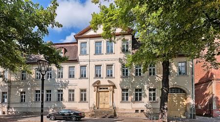 Das Neue Schloss in der Wallstraße.