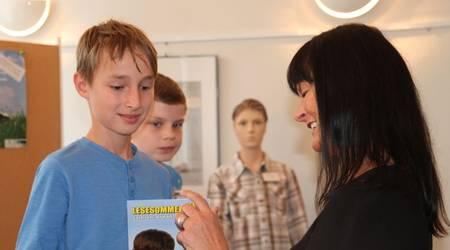Aus den Händen von Kerstin Köhler erhielten die Teilnehmer ihre Zertifikate.